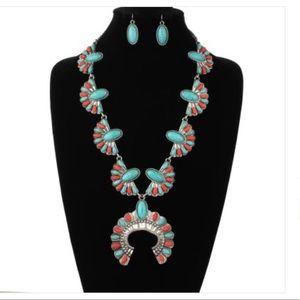 W Stones & Beads